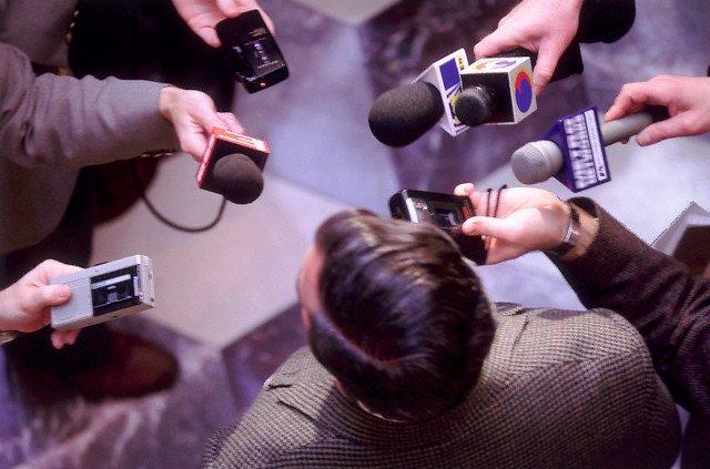 O papel da imprensa: O problema é o mal que cometem.