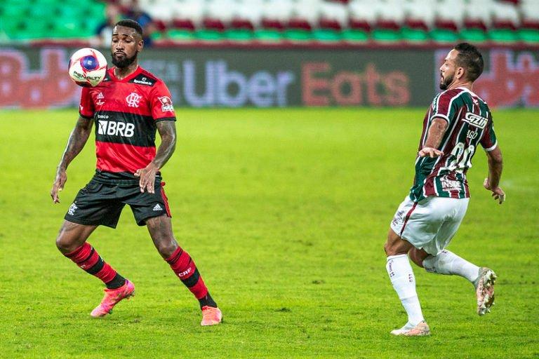 Flamengo e Fluminense empatam e decisão do Campeonato Carioca fica para o segundo jogo
