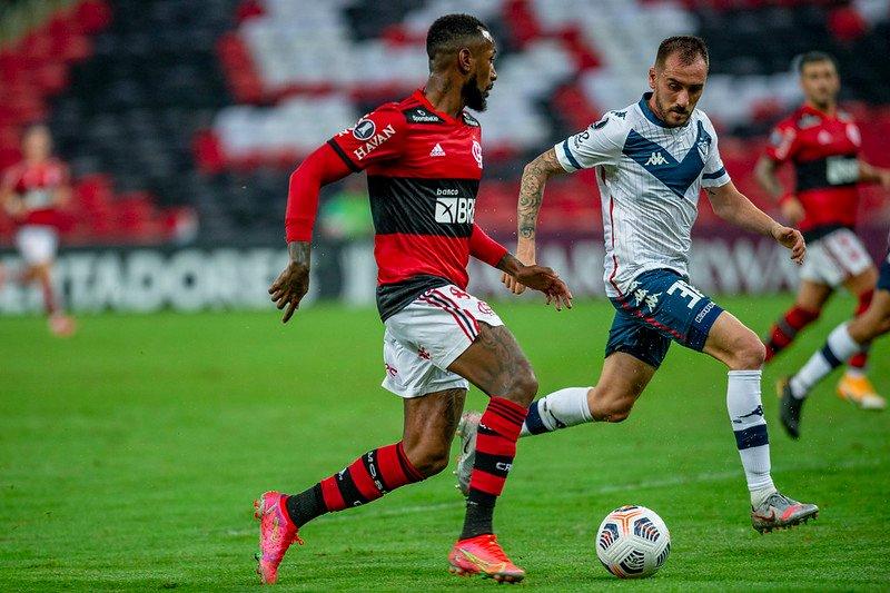 Flamengo empata sem gols e garante a liderança do Grupo G
