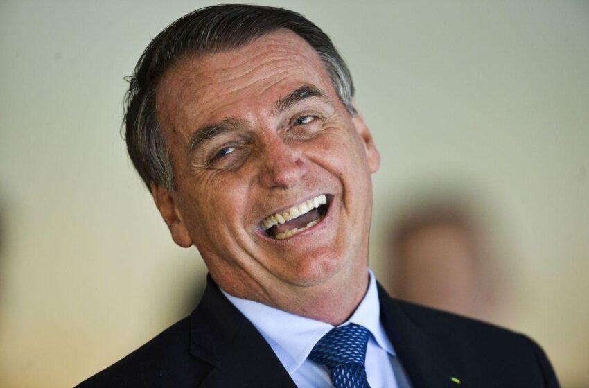 'Um ladrão para presidente e um vagabundo para vice', diz Bolsonaro após encontro de Lula e FHC
