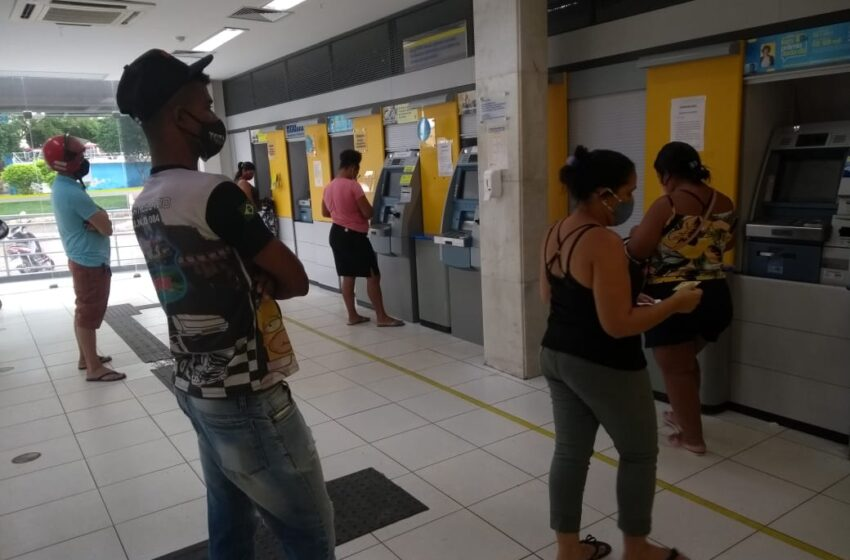 #SemDinheiro Agência do Banco do Brasil deixa clientes na mão