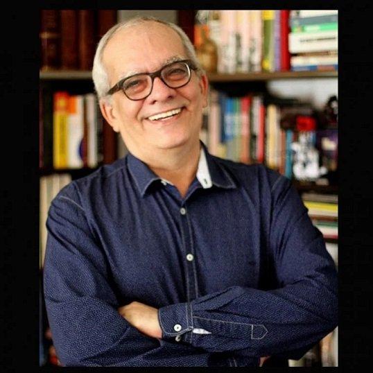 Morre jornalista e escritor Artur Xexéo, aos 69 anos