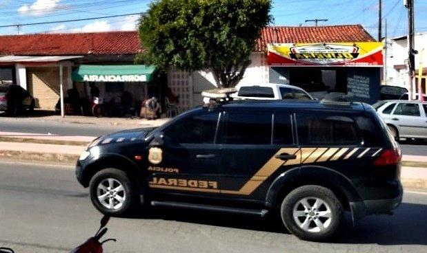 URGENTE: Polícia Federal faz diligência em condomínio de Tobias Barreto