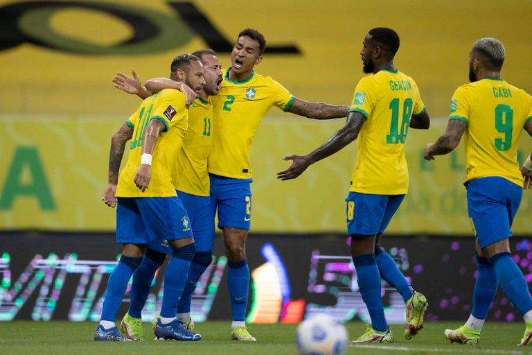 Segue o 100%! Brasil vence o Peru e dispara na liderança