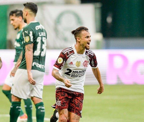 Com grande atuação de Michael, Flamengo supera desfalques e vence o Palmeiras por 3 a 1