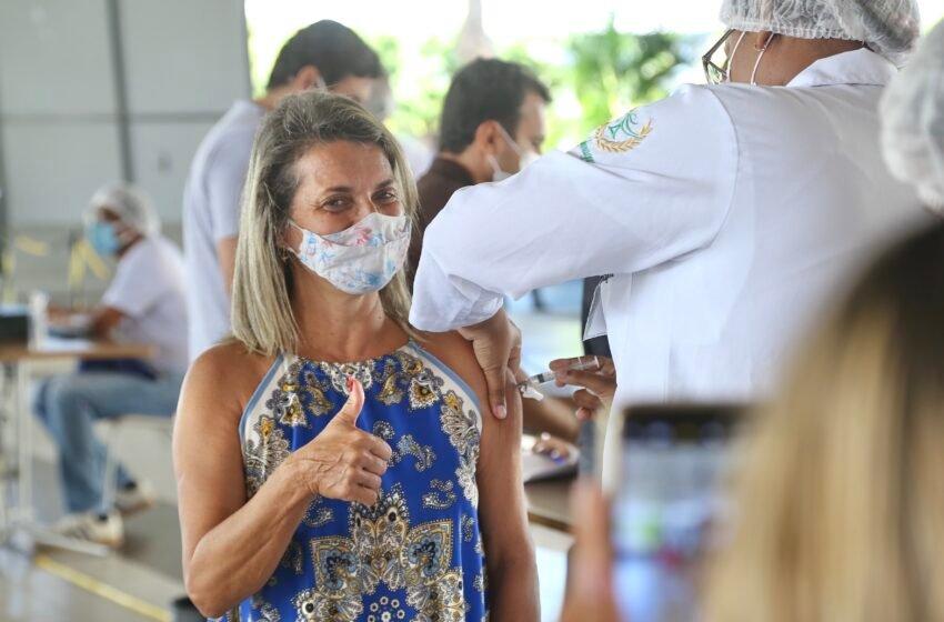 Mais de 65 mil aracajuanos foram vacinados no ponto fixo da Unit
